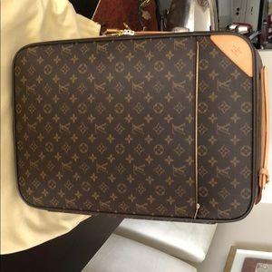 Original Louis Vuitton Carryon luggage
